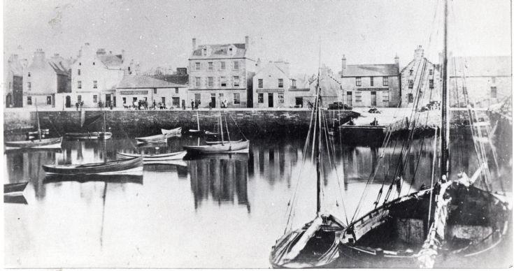 Kirkwall basin before the Kirkwall Hotel was built