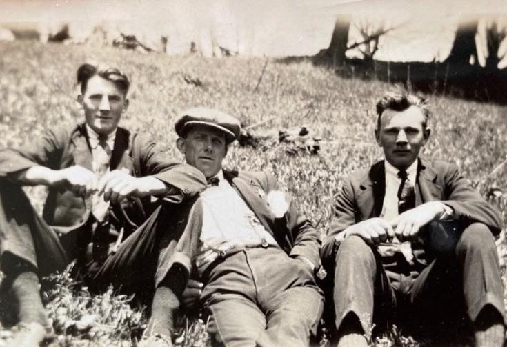 Alex Sandy Windwick Jr and friends in the 1920s