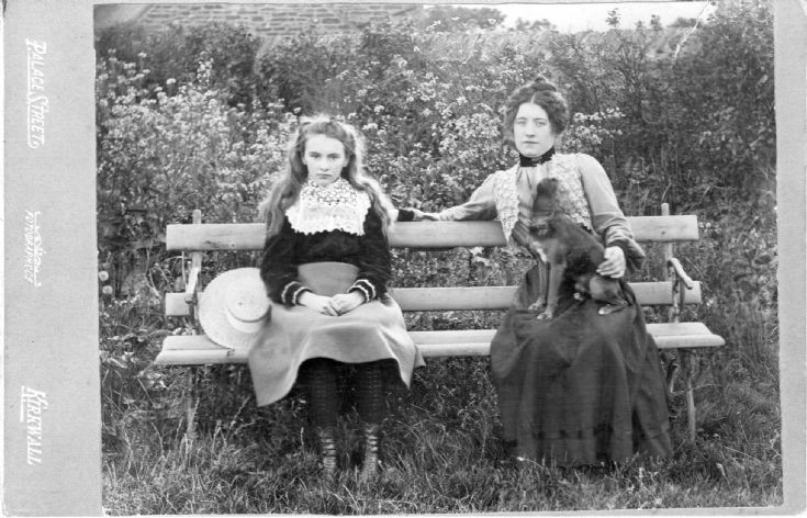 Elizabeth Harcus Smith and her mother
