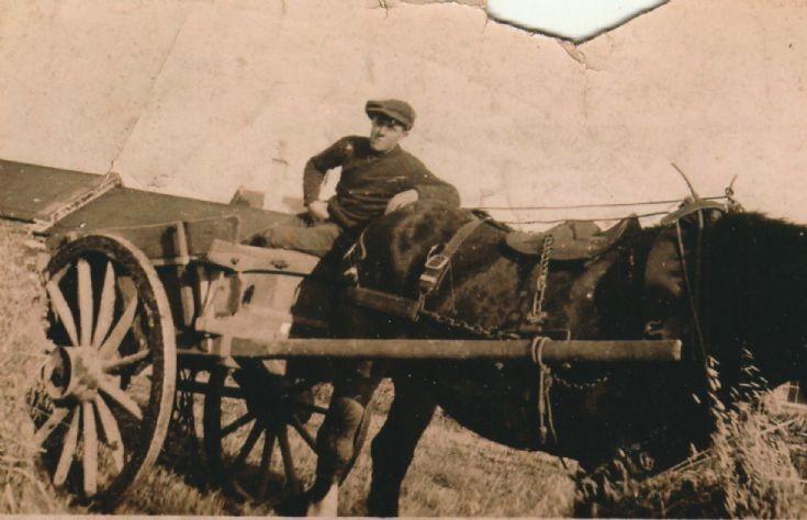 Rognvald Keldie working in the harvest at Lingro