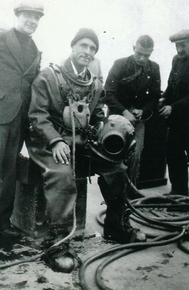 Dennis Keldie in diving suit