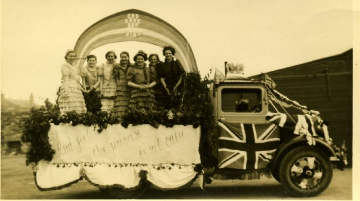 Rainbow of Promise Parade Float 1937