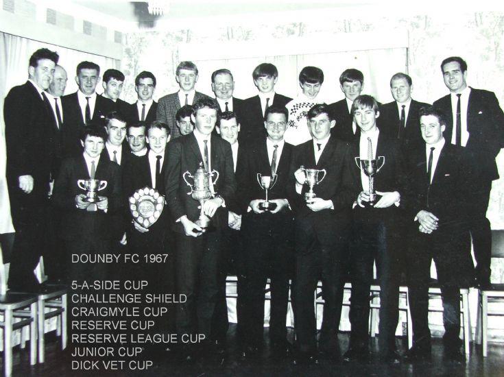 DOUNBY FC TROPHY PRESENTATION 1967