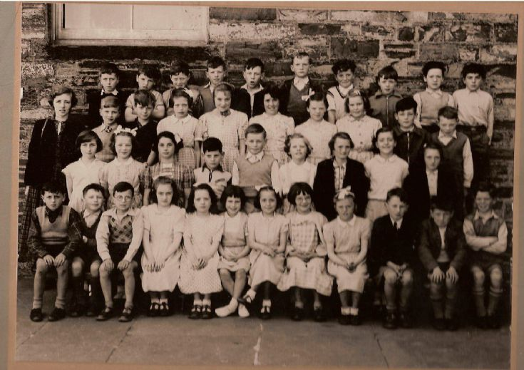 Class photo about 1954