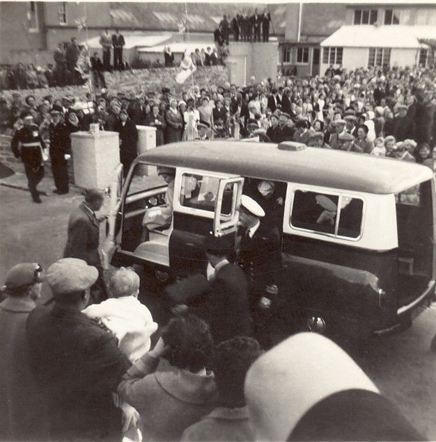 Queen's visit to Westray - 1960 - photo no 1