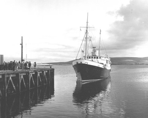 St Ola II arriving at Stromness, summer 1960
