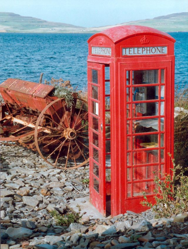 Phone box on EGILSAY pier