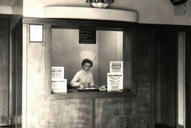 Phoenix ticket office near time of opening