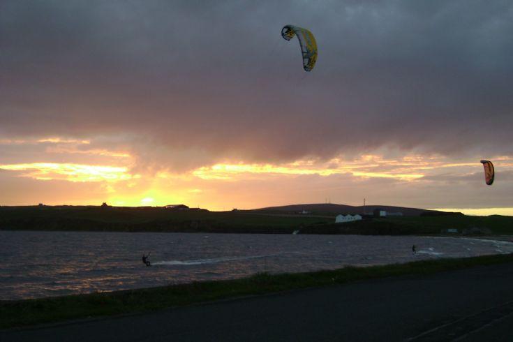 Kitesurfers at Scapa