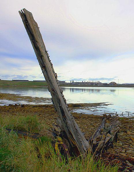 Old Boat Pan Bay Flotta