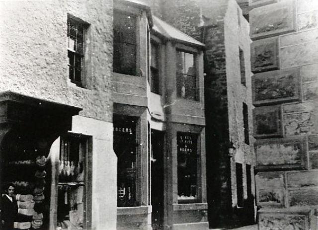 Entrance to Bridge Street