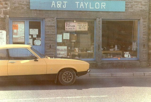 A&J Taylor's shop, Junction Road