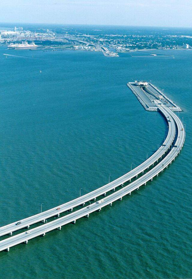 Bridge/tunnel