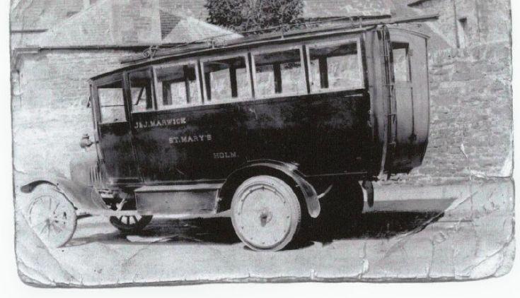 Holm Bus