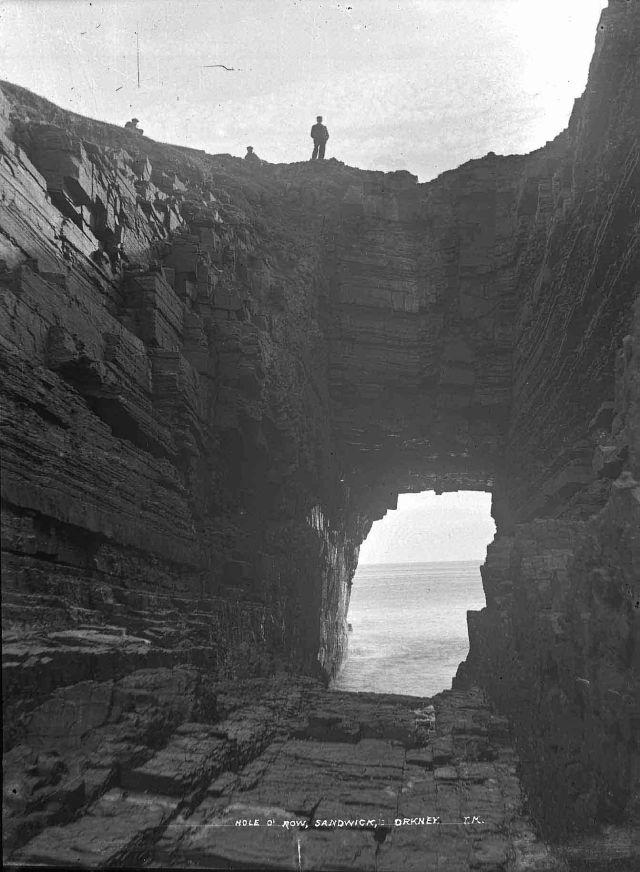 The Hole of Rowe, Skaill Bay, Sandwick