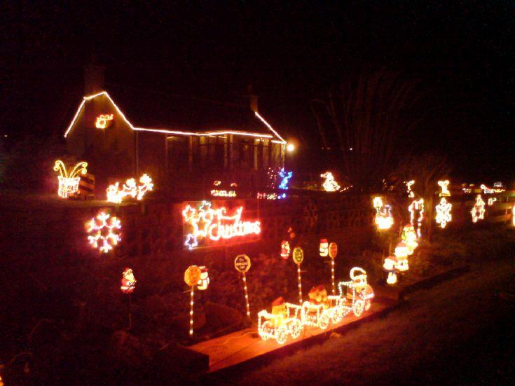 Christmas lights on Sunnybank Road