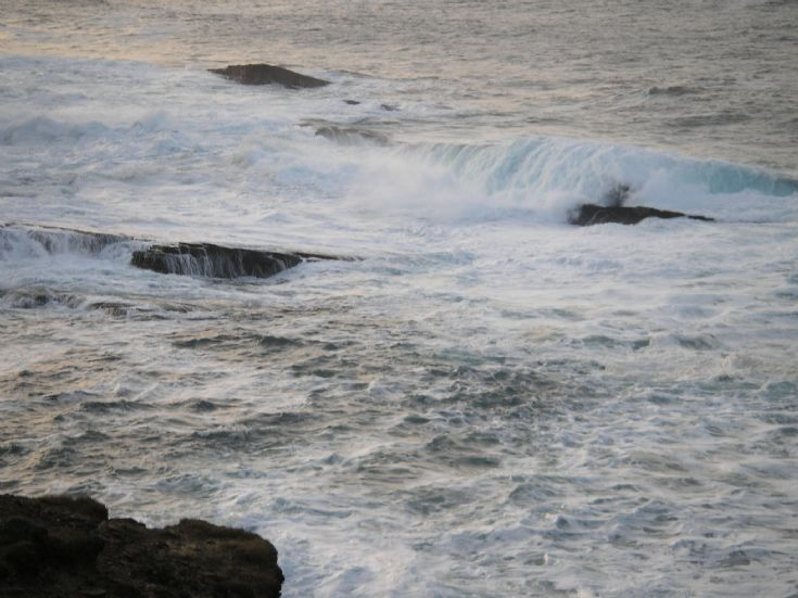 Winter Waves at Yesnaby