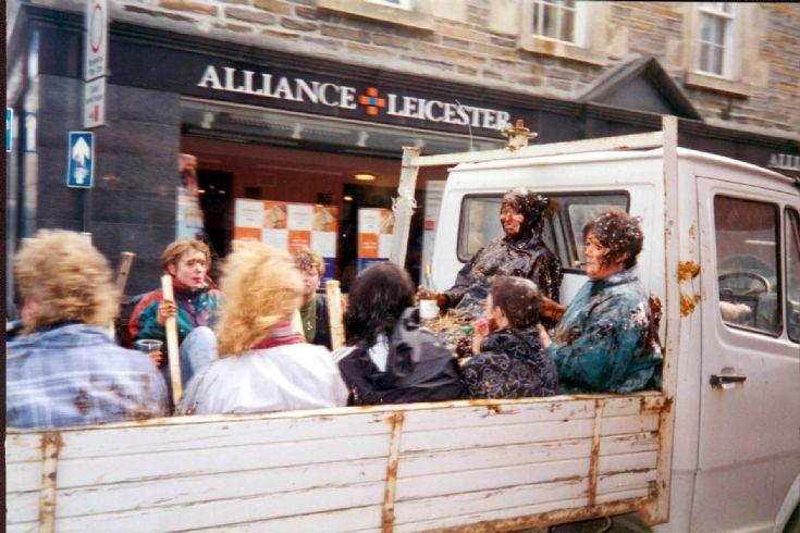 Ladies Blackening Albert St 97