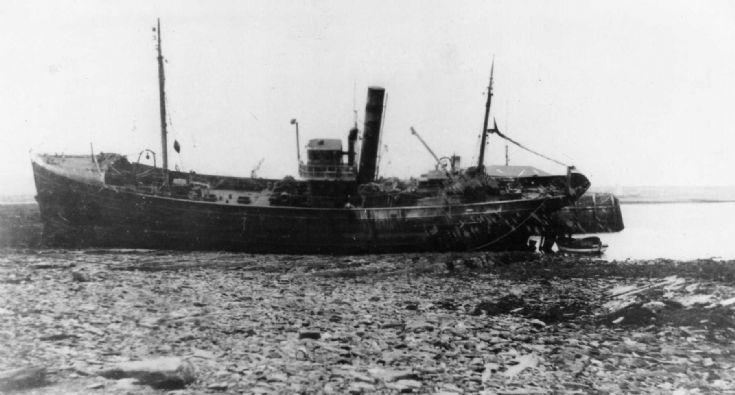 Carmania ashore at Longhope pier