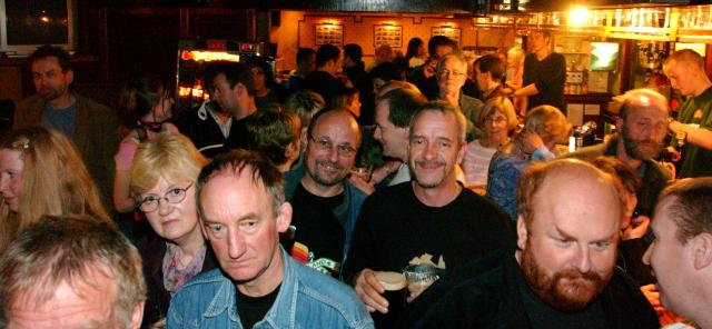 Blues crowd 2004