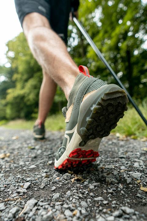 Nous co-créons la première chaussure de compétition de marche nordique !