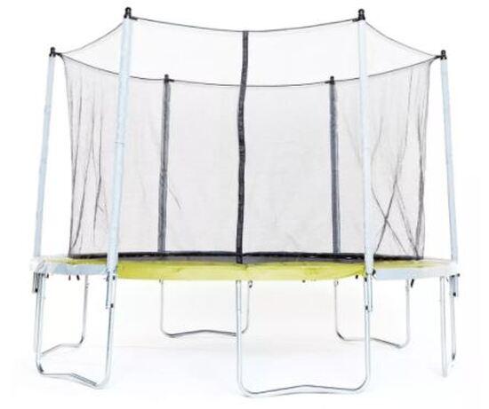 Test de trampoline d'extérieur au BTWIN VILLAGE (Lille, 59)