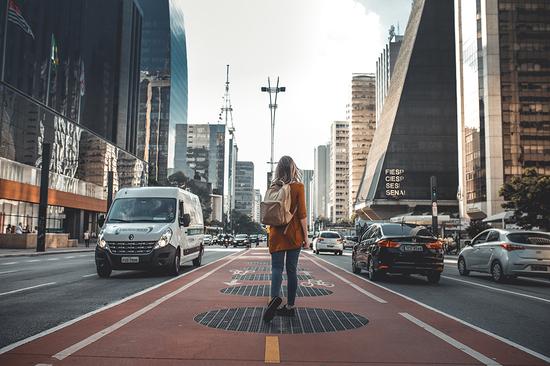 Partagez-nous votre expérience de marche urbaine.