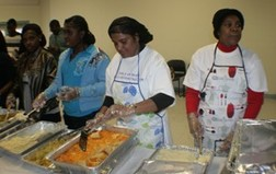 Thanksgiving day meals served 013