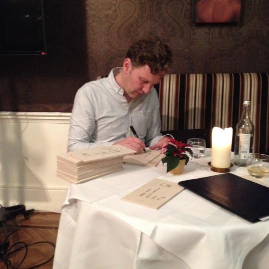 David shrigley signing edition december 2014 1000px wide 539x539 grande