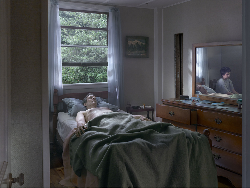 04 press image l gregory crewdson  father and son  2013