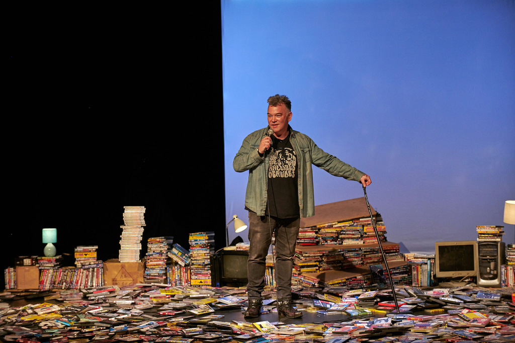 Stewart lee content provider photo by steve ullathorne 0154b