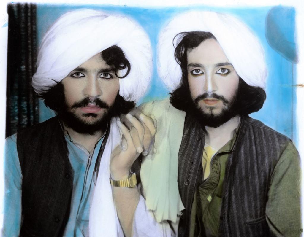 3. thomas dworzak  taliban portrait. kandahar  afghanistan. 2002