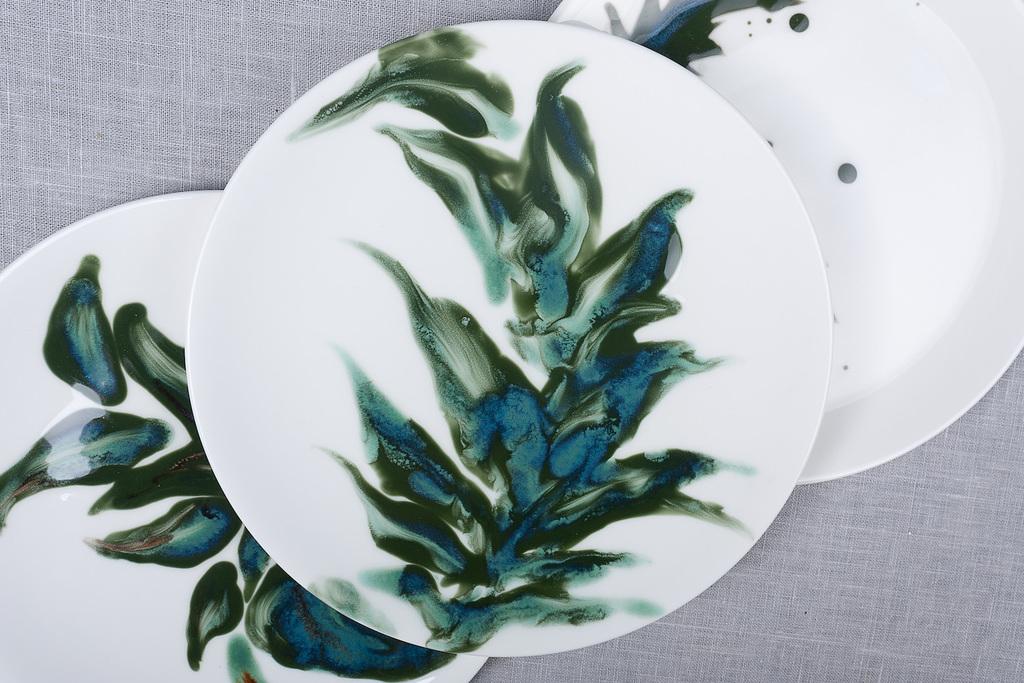 Botanical glaze brushwork bone china reiko kaneko rk stoke