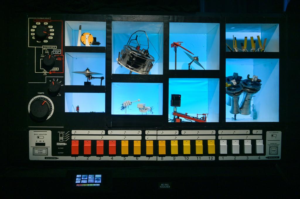 Mr 808 interactive by robots sonic. photo credit   gil lefauconnier