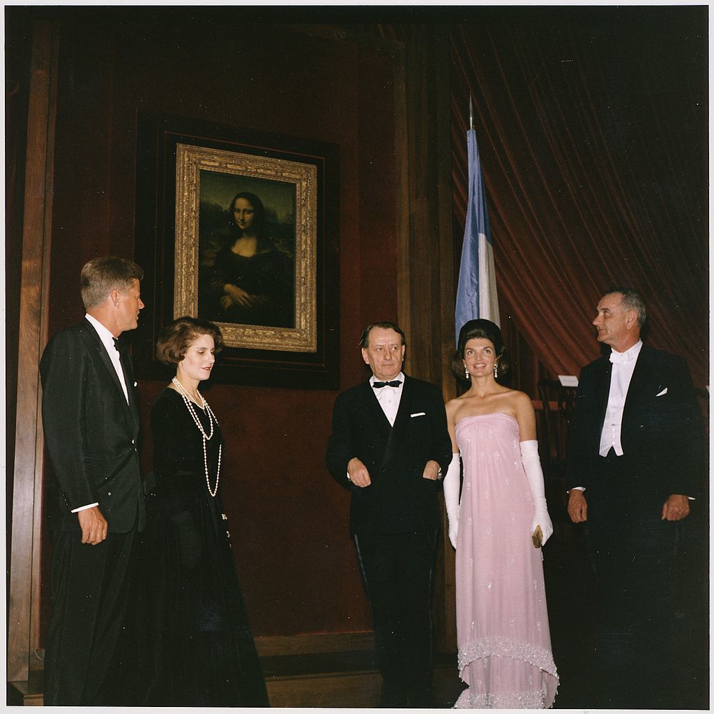 1024px unveiling of the mona lisa. president kennedy  madame malraux  french minister of cultural affairs andre malraux...   nara   194219