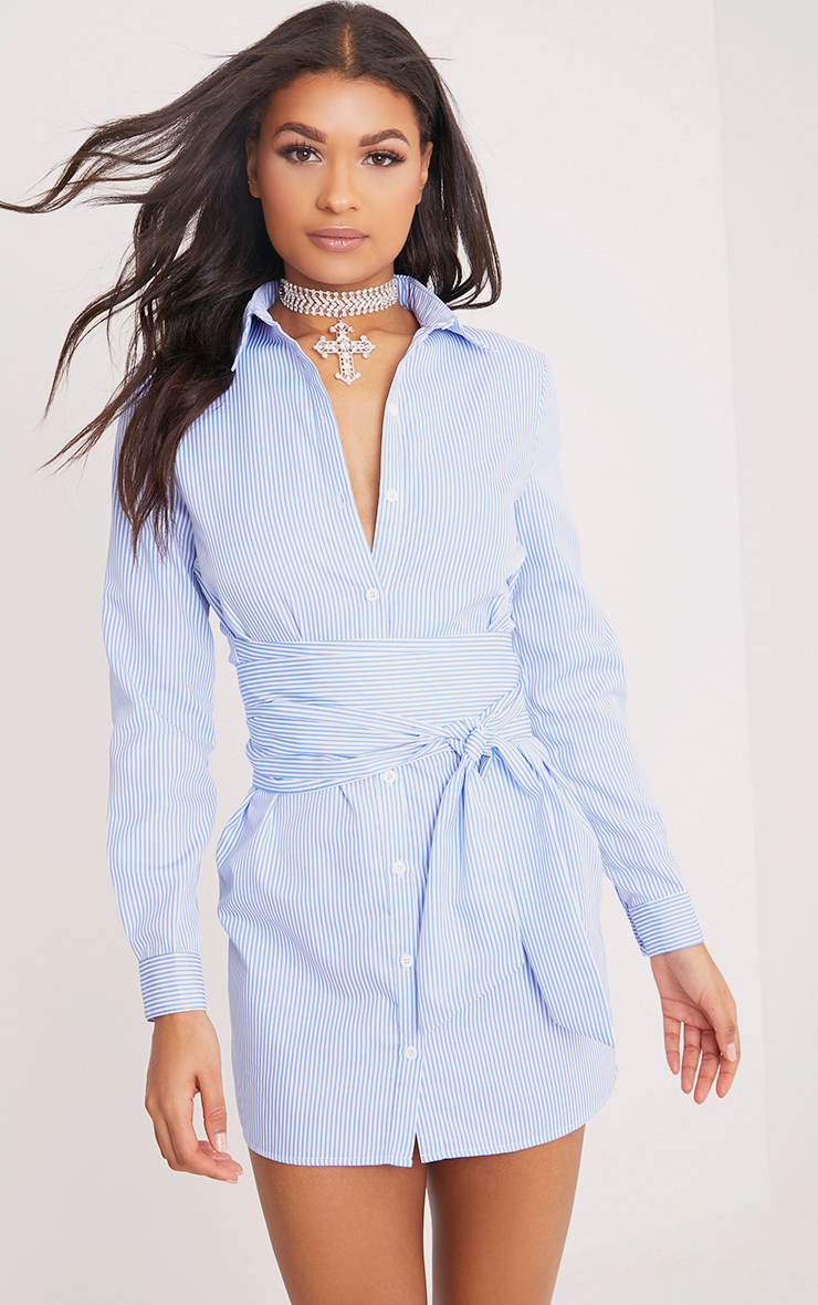 Dresses women 39 s dresses online prettylittlething for Blue dress shirt outfit