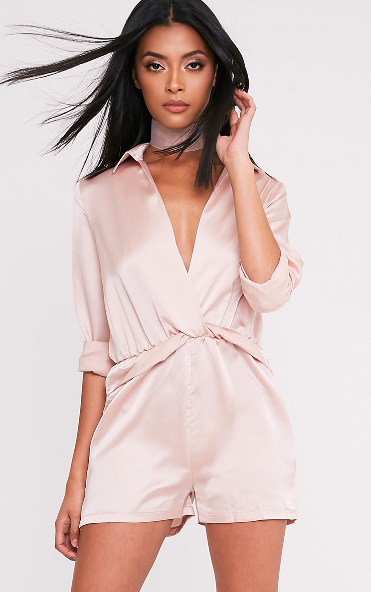 Playsuits & Jumpsuits Pick out low price playsuits and jumpsuits in the boohoo seasonal sale. Stand out from the crowd in a skort playsuit, or be a head-to-toe trendsetter in a plunge neck jumpsuit - the genius alternative to a dress for your after dark wardrobe. For dance floor ready styles at discount prices, check out this killer sale collection.