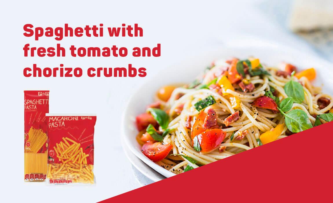Spaghetti with fresh tomato and chorizo crumbs