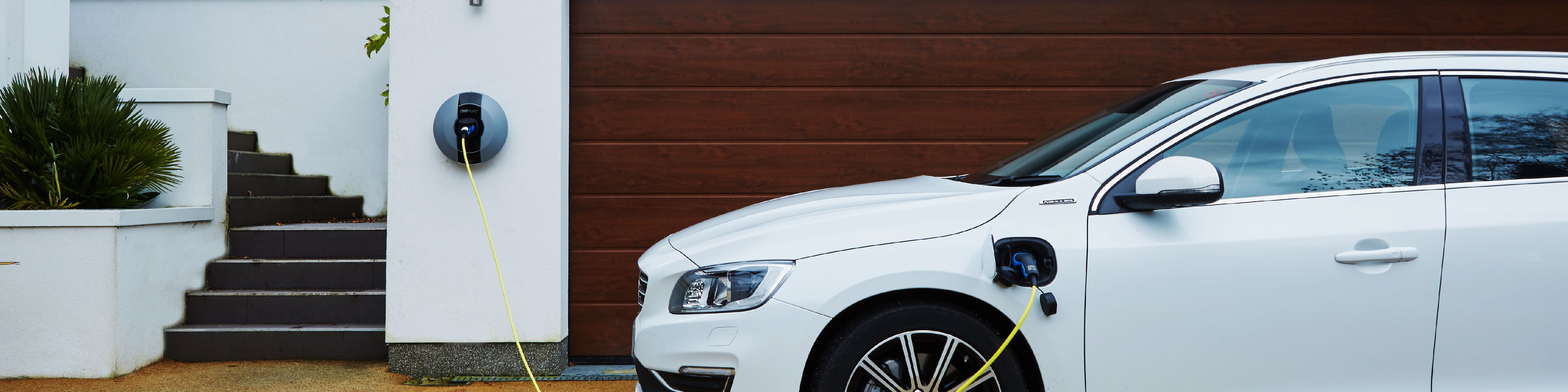 Volvo-Cars-UK-blog-post-artwork-01-01