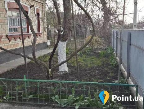 смт Гребенки, ул. Святопокровская