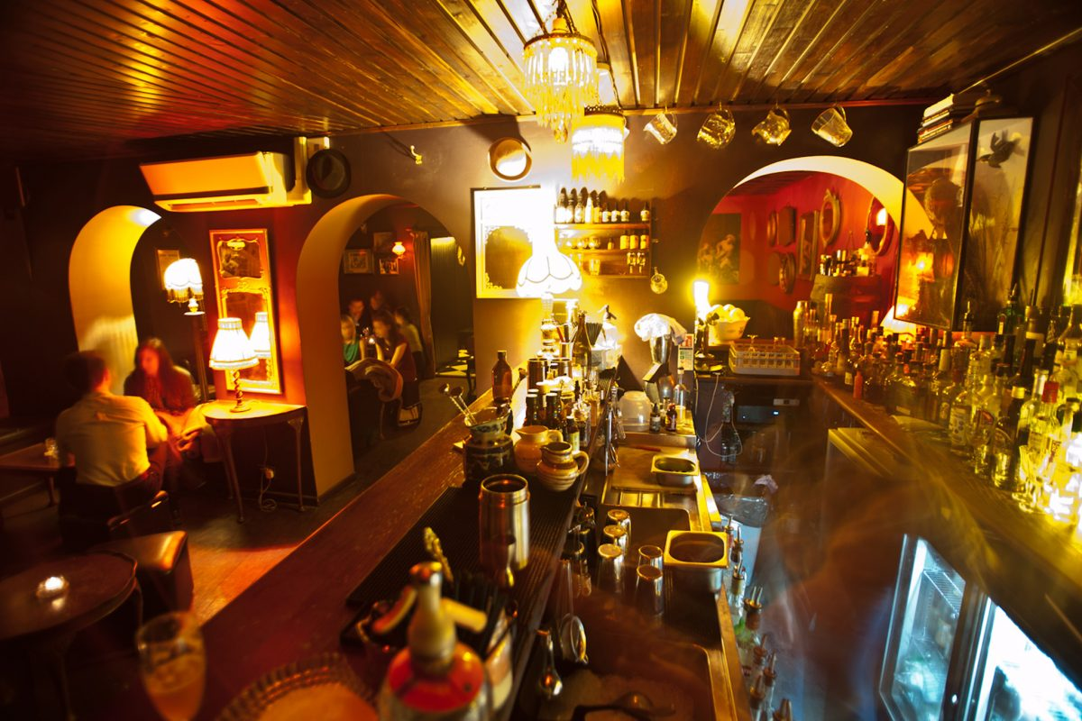 Hyde Co Bells Diner Bar Rooms for Private Dining in Bristol