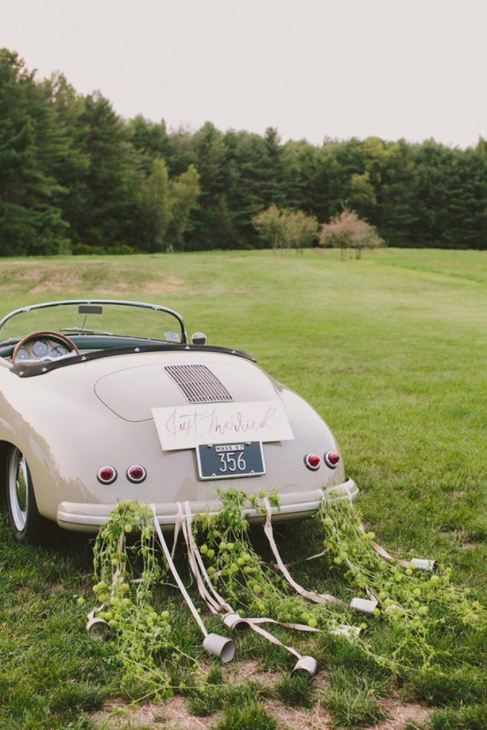 tin can wedding car decoration