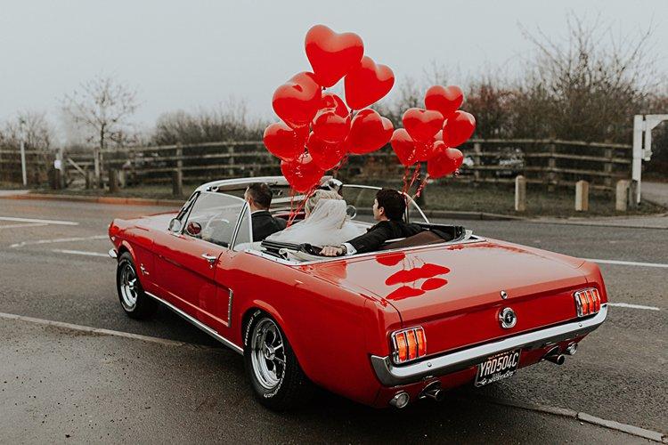 red balloons wedding car decoration