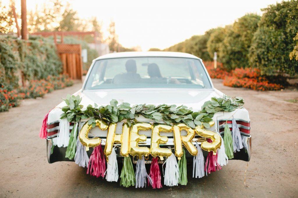 unusual wedding car decoration