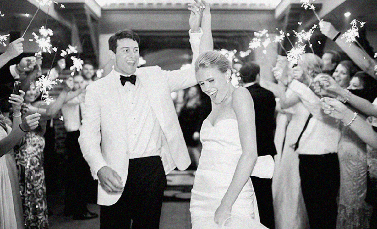 Best Wedding First Dance Songs.How To Choose The Best Wedding First Dance Song