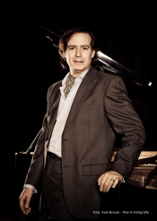 Konzert Meisterpianist Menachem Har-Zahav