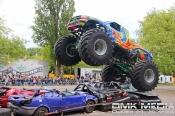 Stunt- und Monster-Truck-Show / Stunt Movie Production