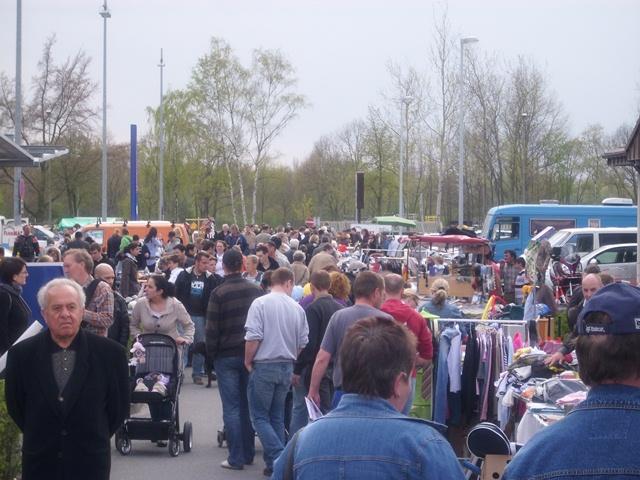 Flohmarkt Famila Geesthacht