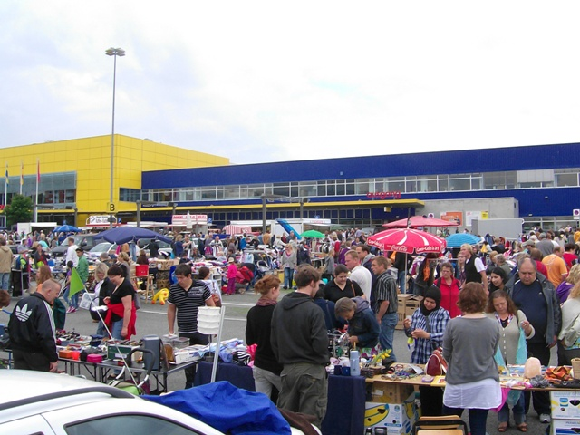 flohmarkt bei ikea kiel in kiel am ikea kiel. Black Bedroom Furniture Sets. Home Design Ideas