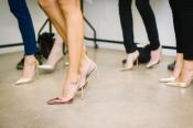 Elegant und verführerisch auf High Heels